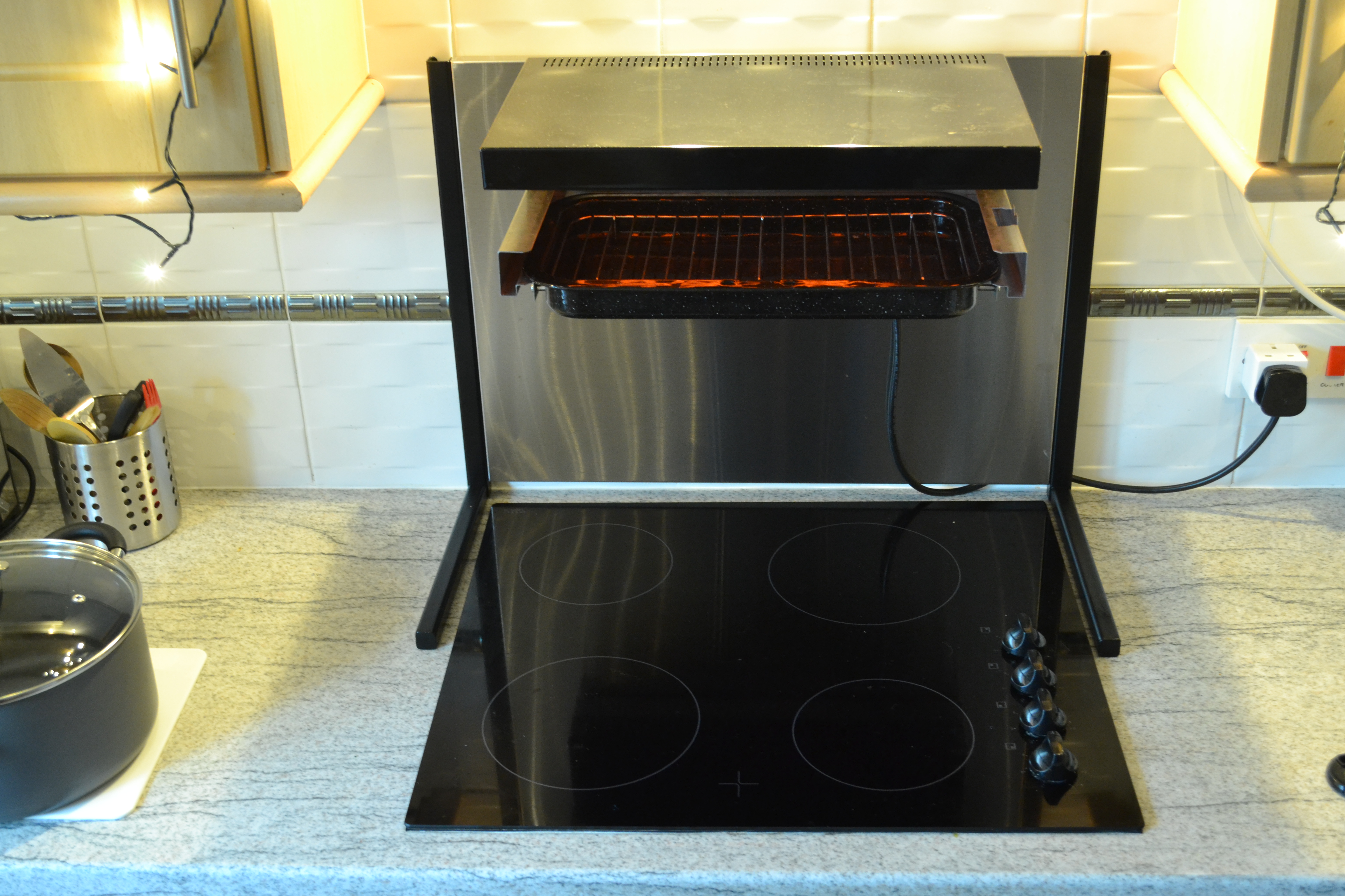 - Want An Eye Level Grill Electric Cooker? Hi-Grill How About